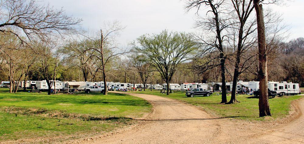 Huzzah Valley Resort | Missouri Campgrounds