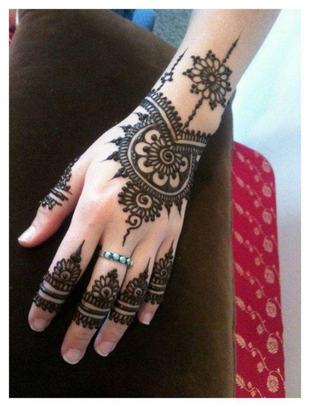 simple half hand mehndi design