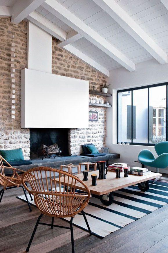 R novation vieille maison 15 photos de s jours r nov s avec go t decoapdmai2015 pinterest - Cheminee interieur maison ...