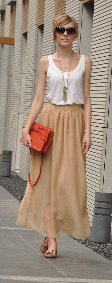 With a different top, this skirt would be really cute and modest
