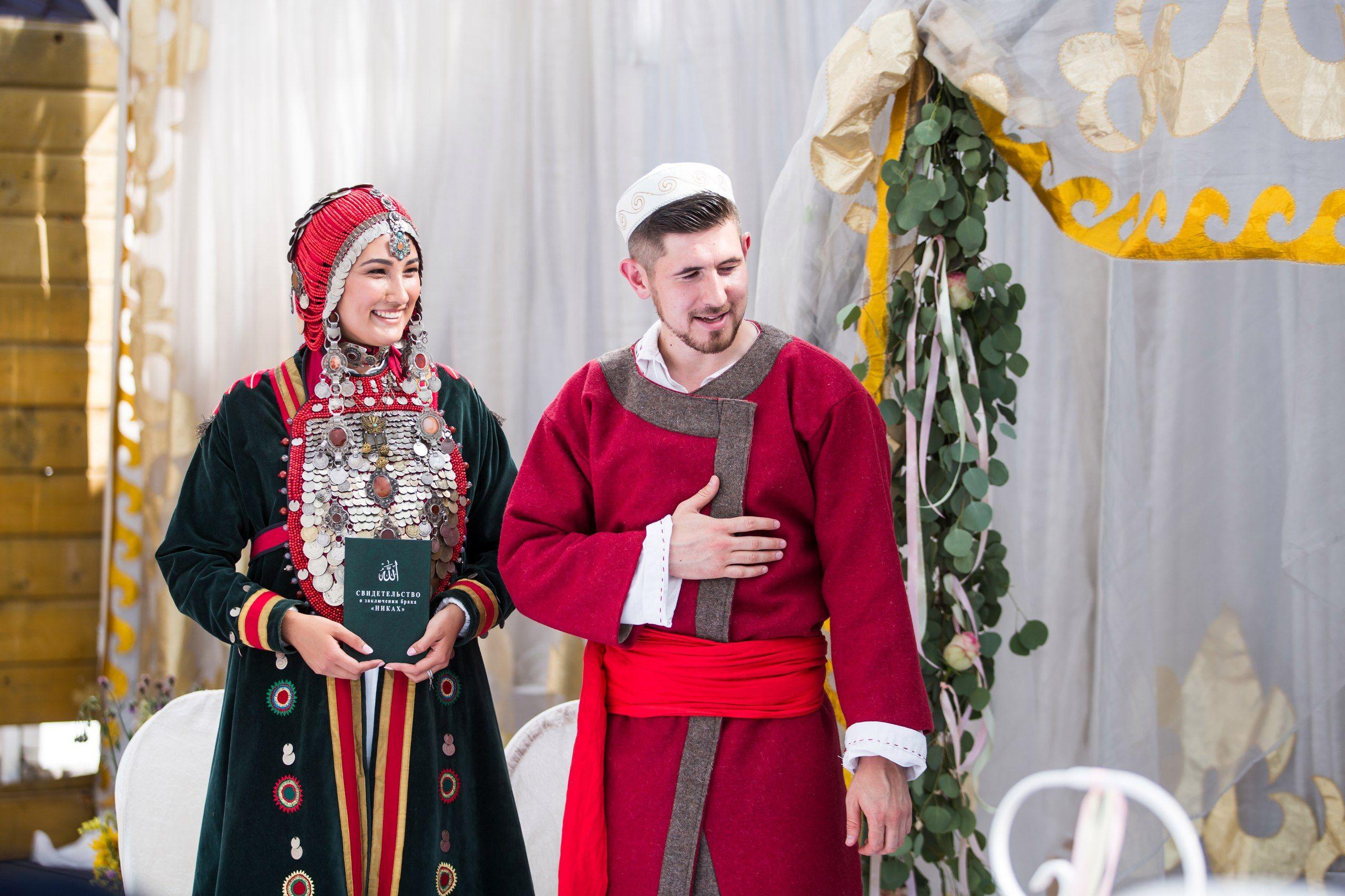 фото свадебных костюмов южного урала нажимала буквы говорящей