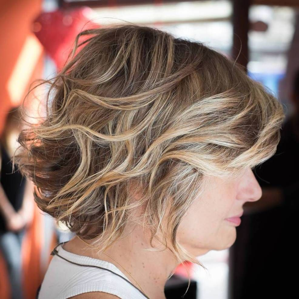 most prominent hairstyles for women over short curly bob