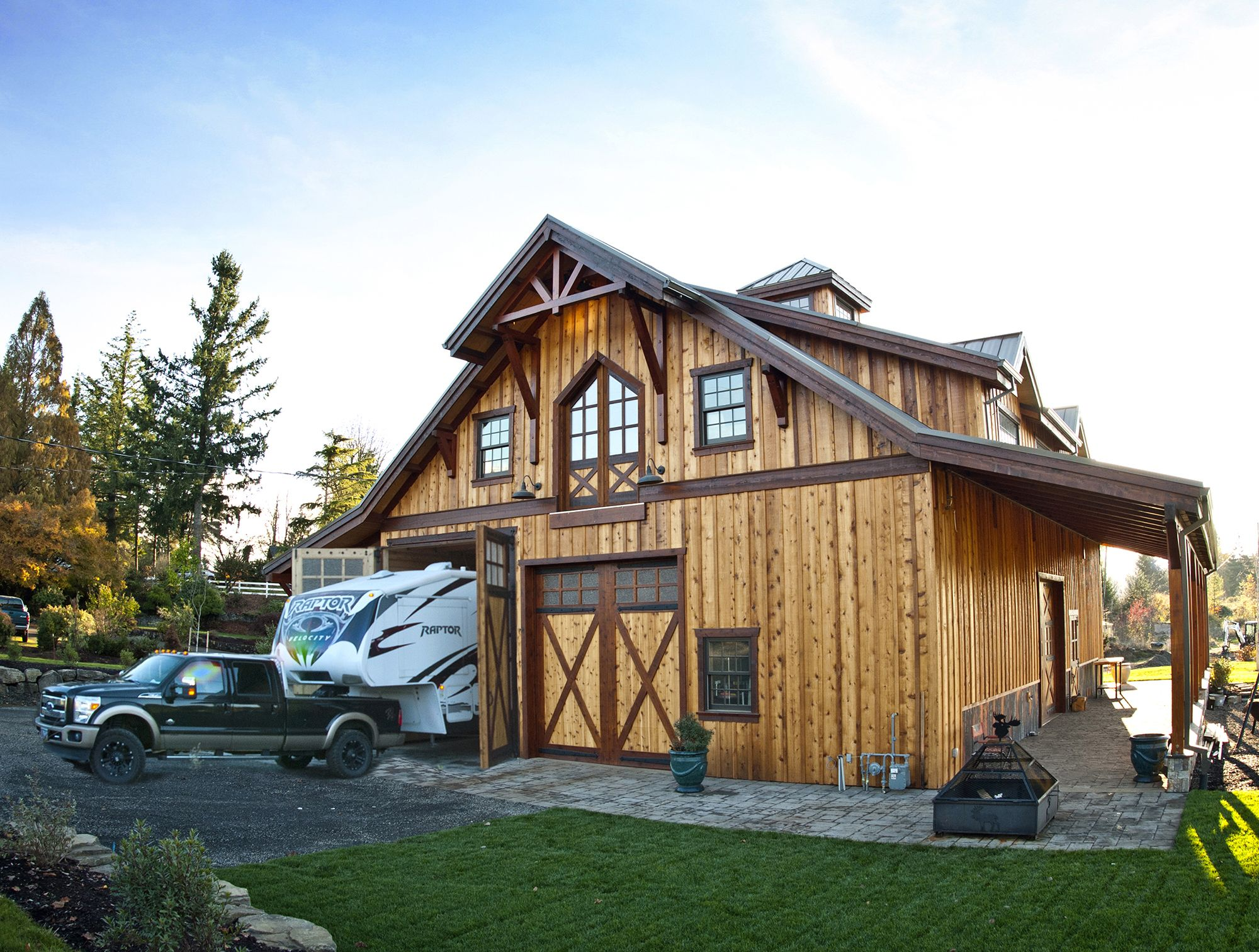 Superb Barn With Living Quarters The Denali Garage Apt 48   Barn Pros