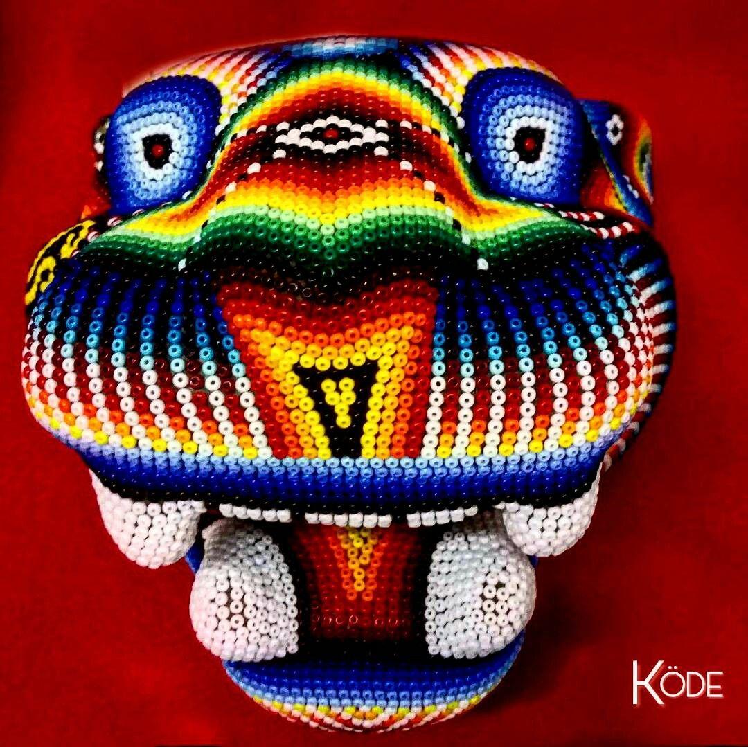 JAGUAR  HUICHOL MEXICAN ART