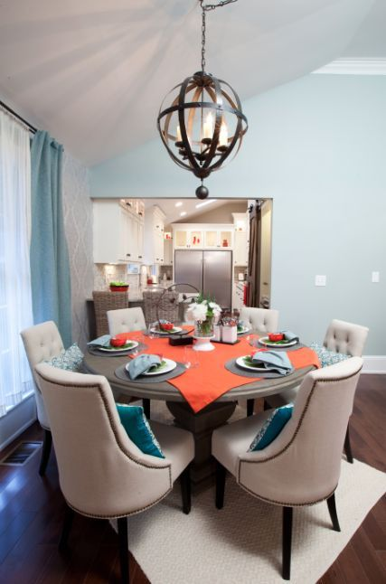 Hgtv Property Brothers Sandy And Susys Round Dining Table