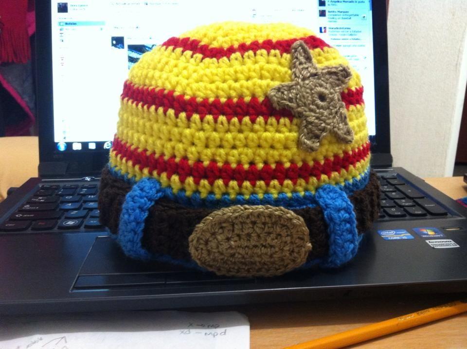 gorro Woody Toy Story en crochet  2cc02b53ef5
