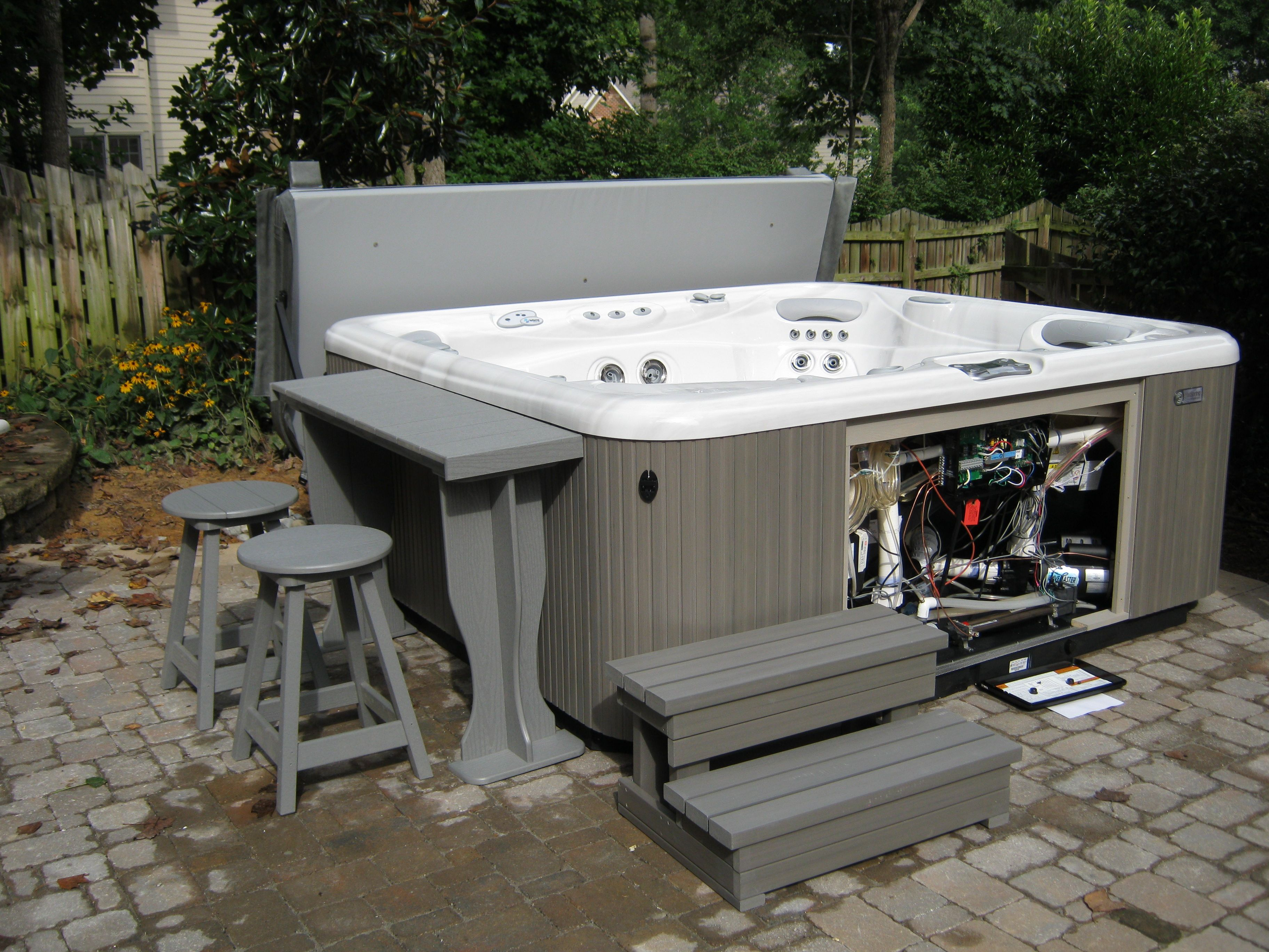 Seriously cool Hot Spring Envoy installed with A&B Accessories Bar