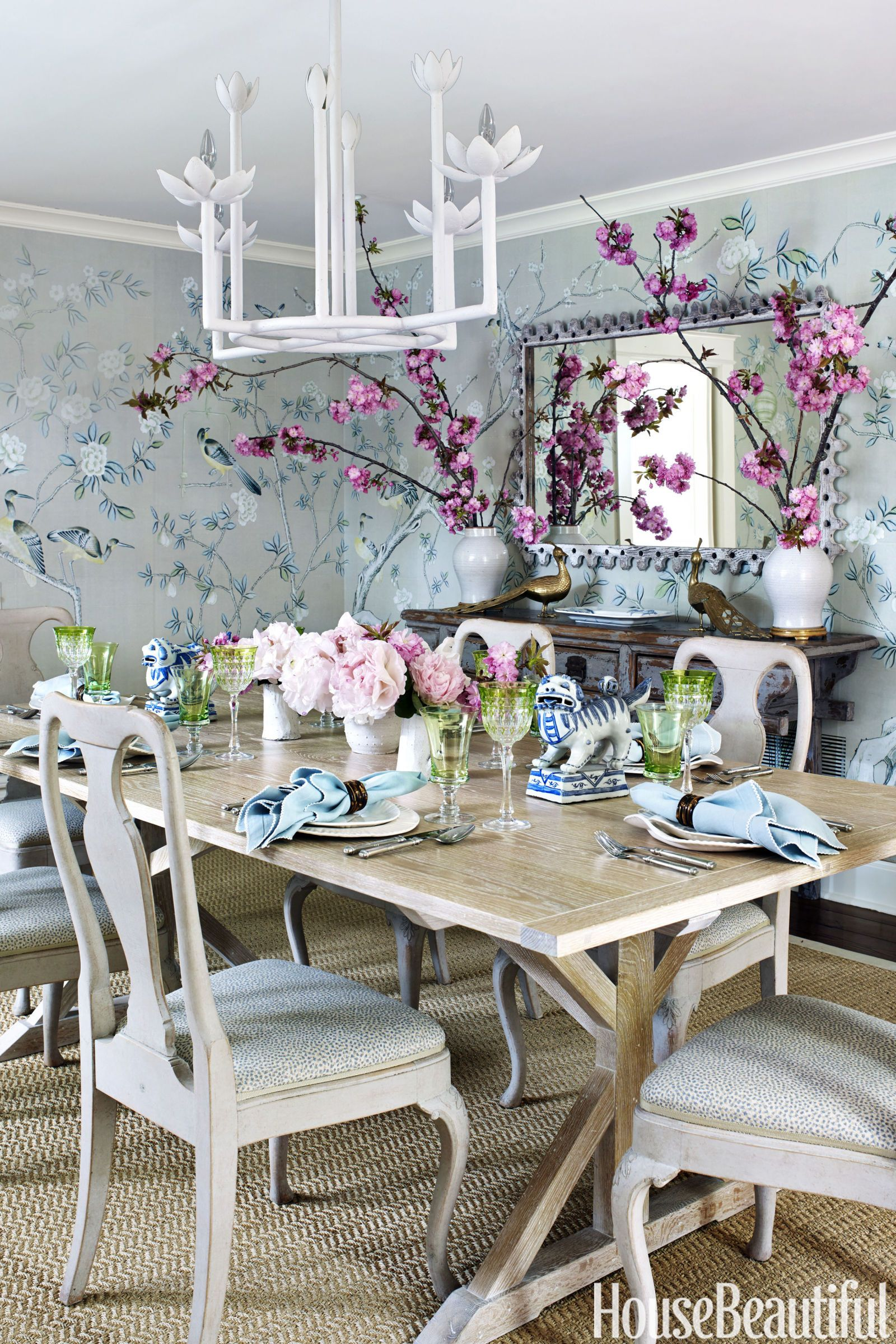 De Gournays Hand Painted Chinoiserie Tea Paper Gives The Dining