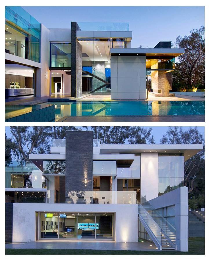 Stunning Architecture in Beverly Hills