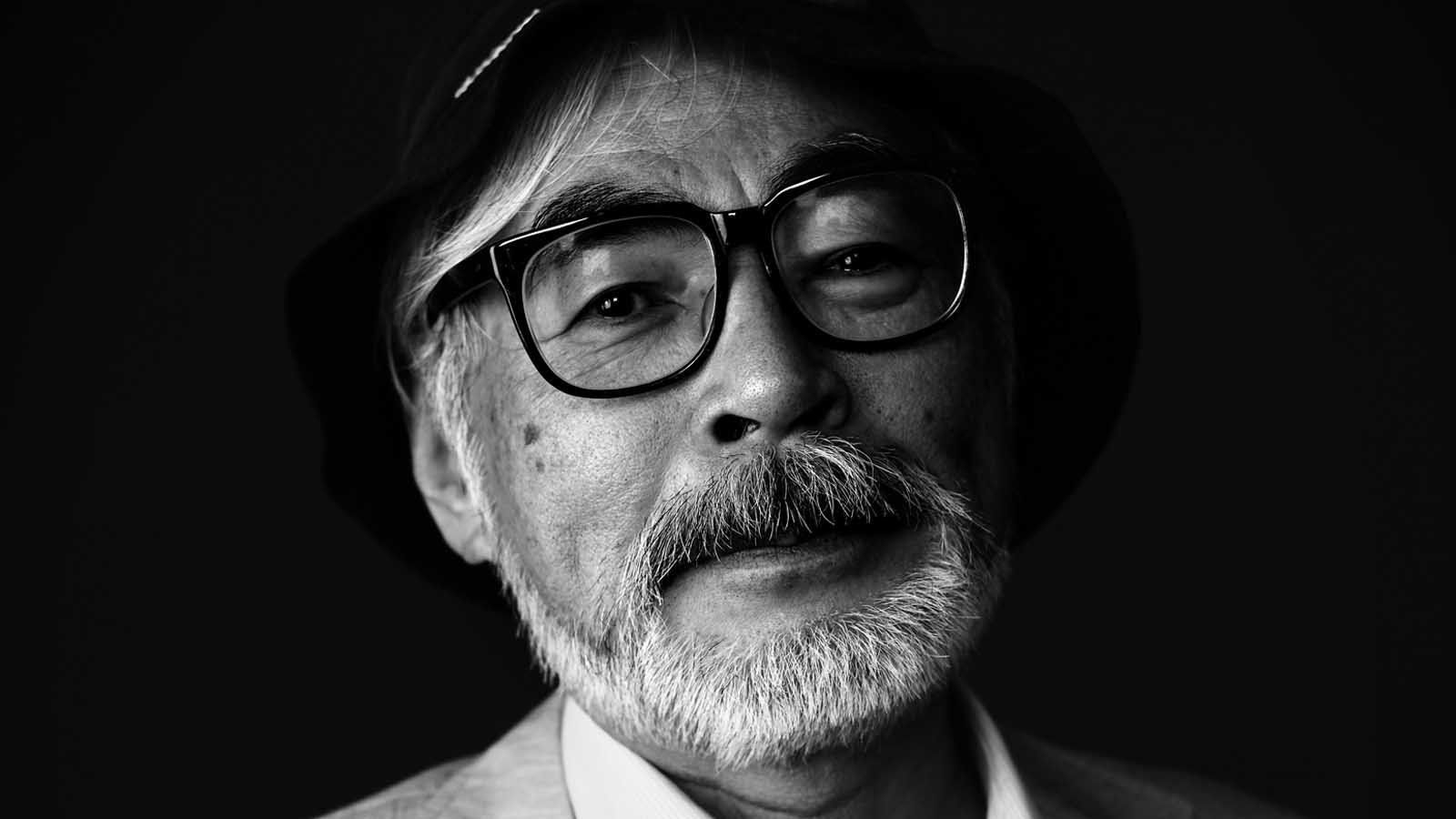 Q&A Hayao Miyazaki isn't making features but is at work on manga http://www.latimes.com/entertainment/envelope/moviesnow/la-et-mn-hayao-miyazaki-honorary-oscar-governors-awards-20141108-story.html