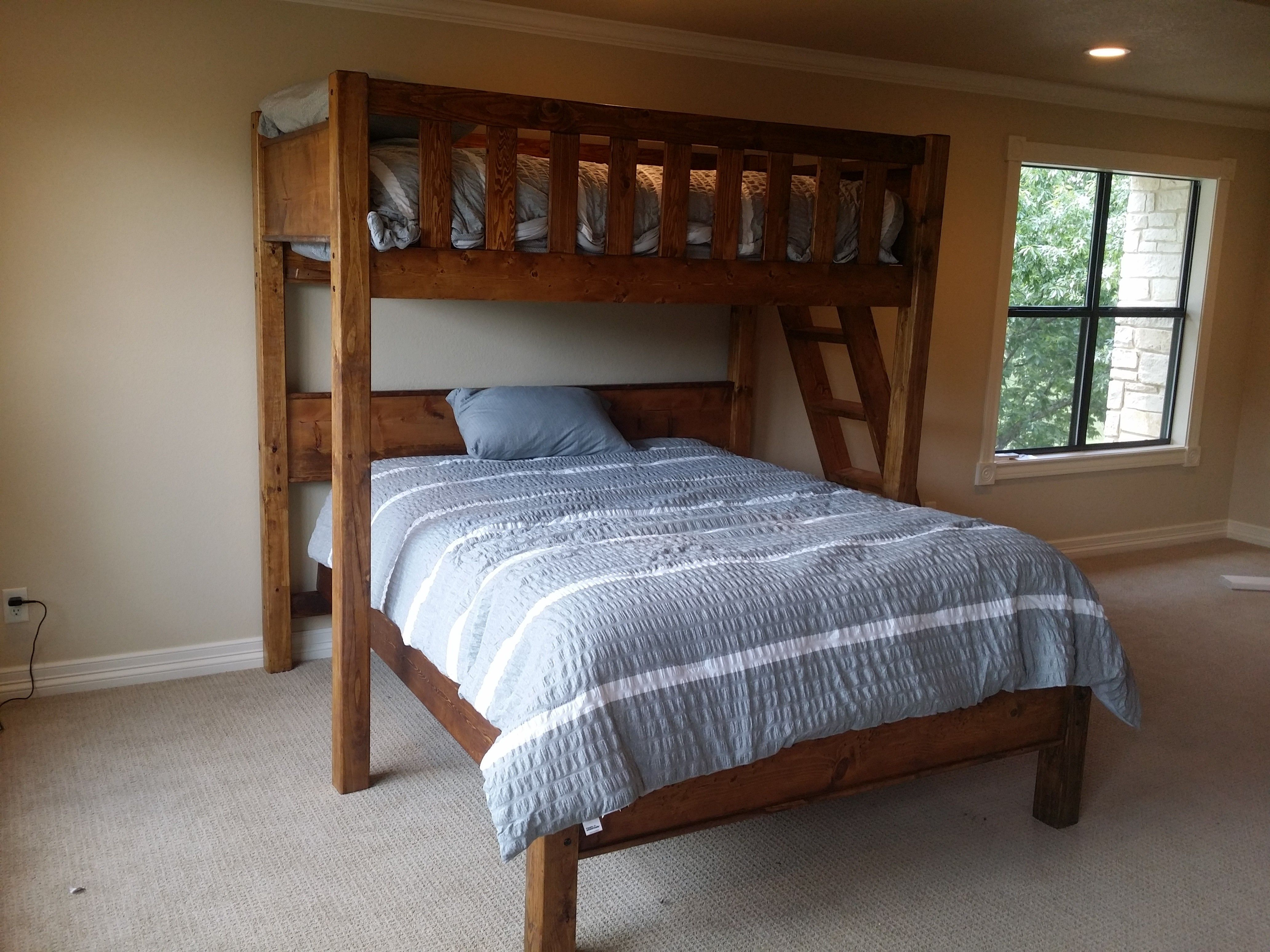 Best Rustic Barnwood Texas Bunk Bed Twin Over Queen Rustic 640 x 480