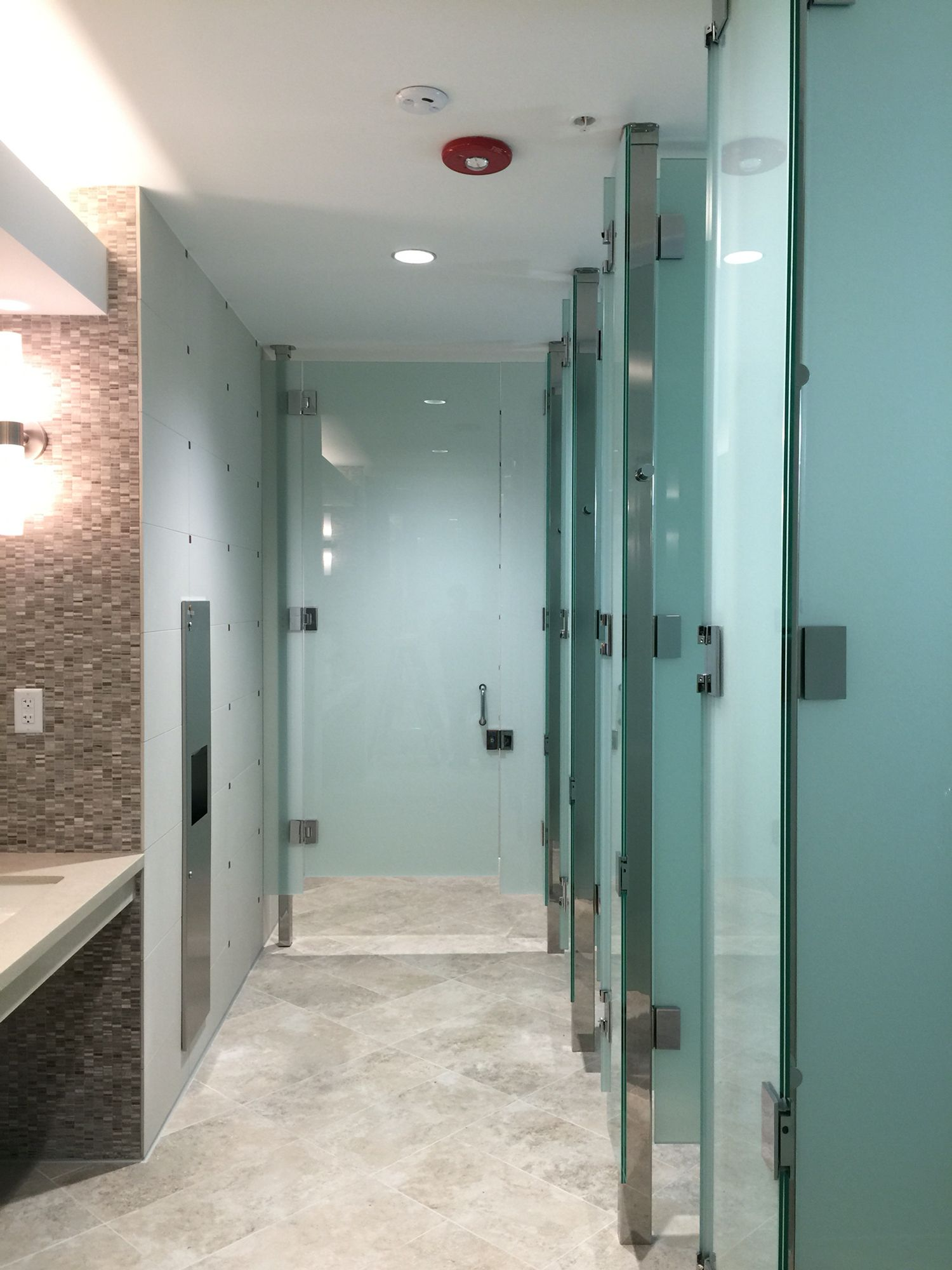 Glass Partitions For High End Bathrooms Showcase Shower Door