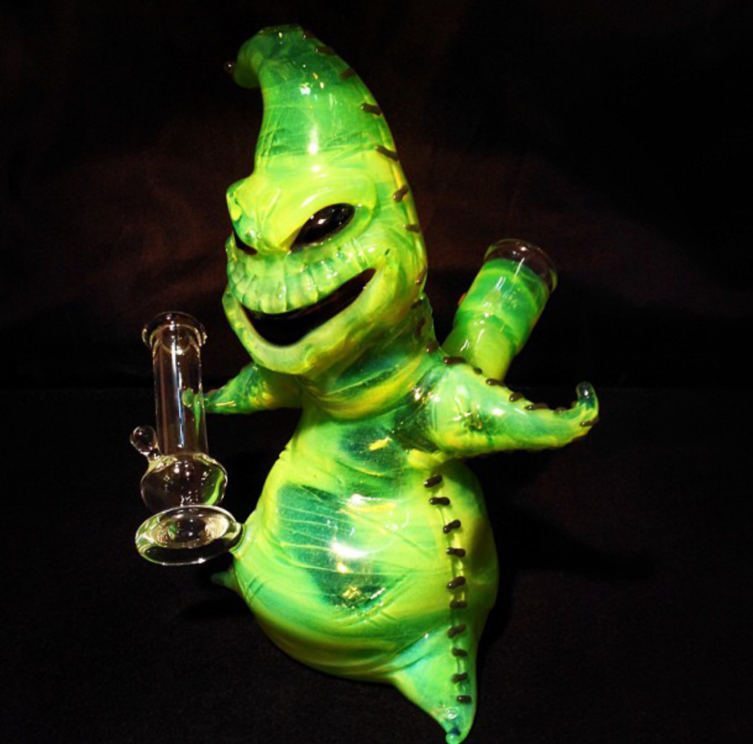 Chill Out, Man ॐ — Nightmare before Christmas bong | Legalize it ...