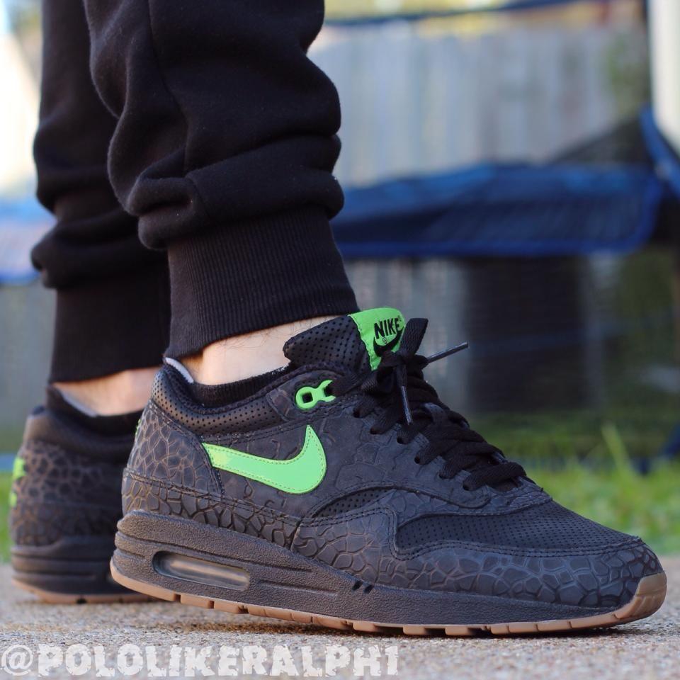 Nike AM1 Hufquake #sneakers | Sneakers, Nike air max, Nike