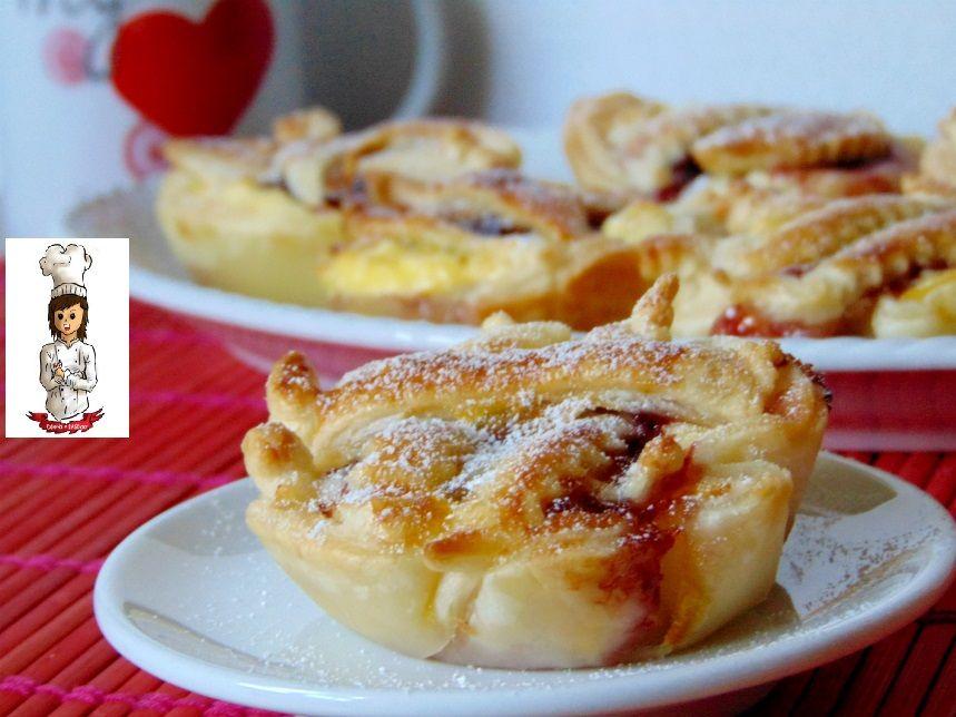 Italian Sfoglia Cake Recipes: Crostatine Di Pasta Sfoglia Con Ricotta E Marmellata