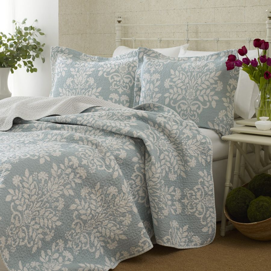 Laura Ashley Rowland Blue Quilt Set Twin Includes And Standard Sham Is Cotton Fully Reversible Machine Washable
