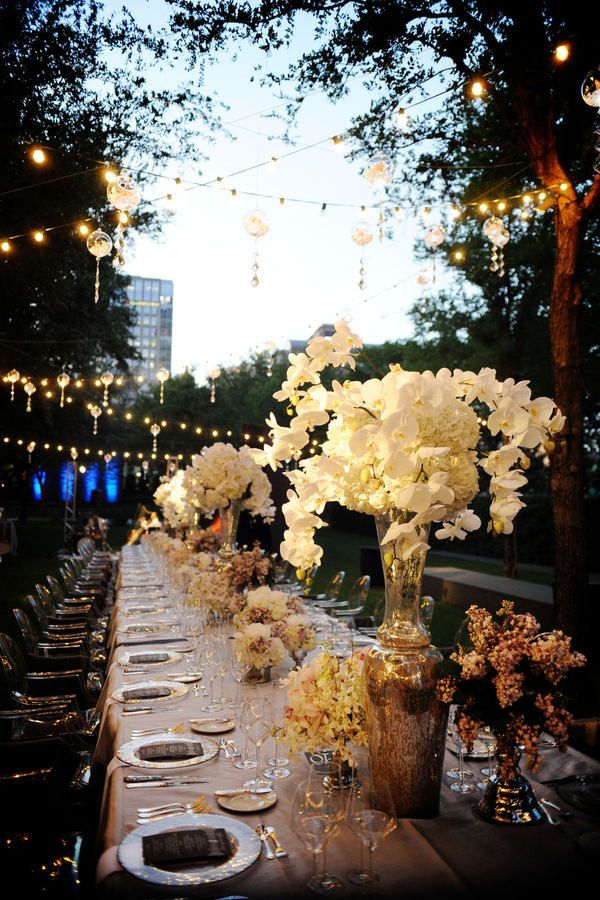 Photography: Andrea Polito Photography, Inc. - POLITOWEDDINGS.COM Floral Design: Bella Flora of Dallas - bellafloraofdallas.com  Read More: http://www.stylemepretty.com/texas-weddings/dallas/2011/07/14/the-nasher-sculpture-garden-wedding-by-bella-flora-of-dallas/
