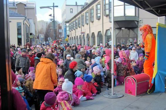 Riihimäen Pääsiäistapahtuma Granitin aukiolla 2012.