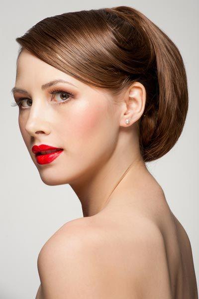 Strenge Hochsteckfrisur Hochsteckfrisuren Fur Lange Und Mittellange Haare Hochsteckfrisuren Lange Haare Hochsteckfrisur Frisur Hochgesteckt