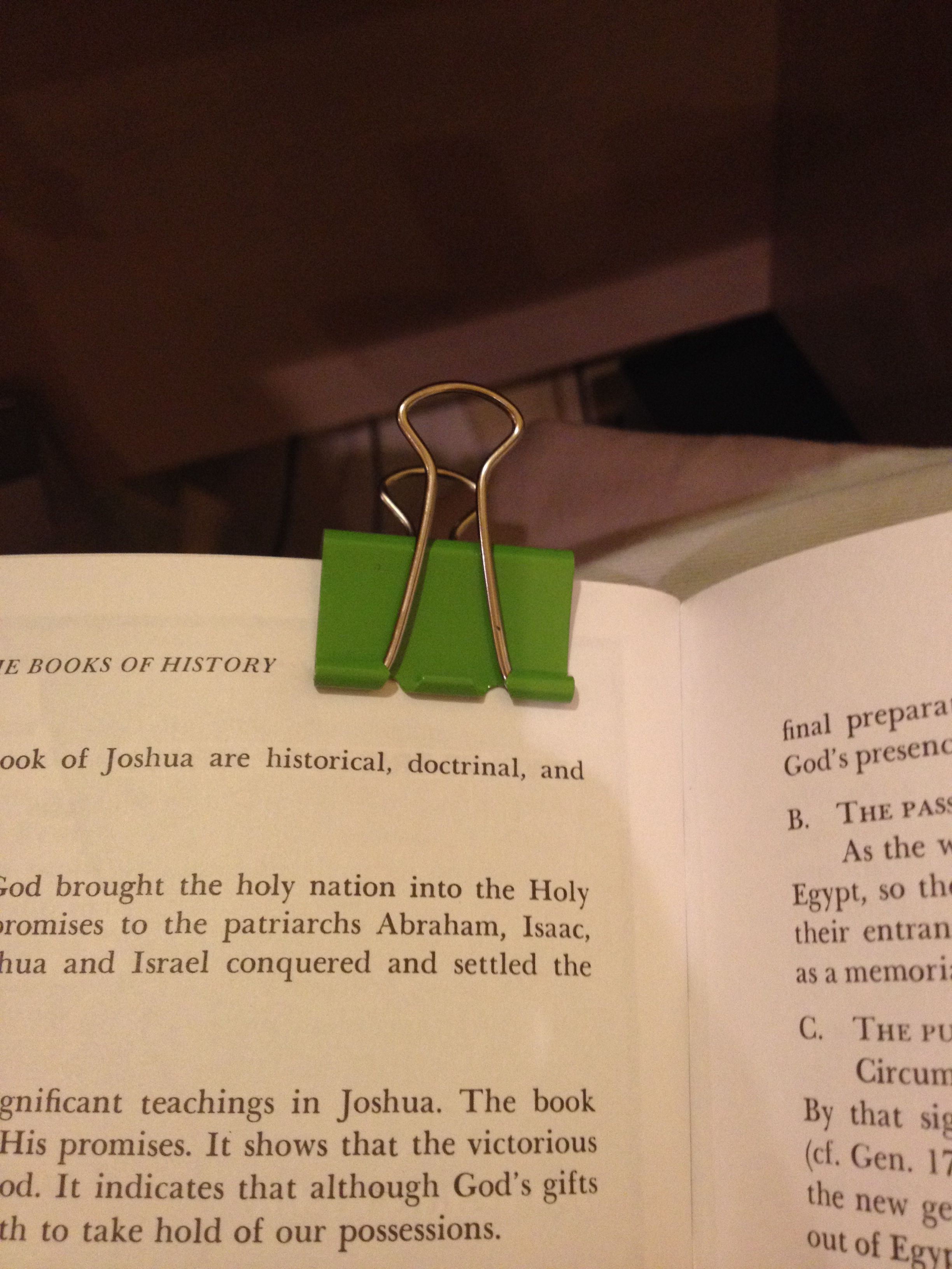 Clip this onto your book and you will never have to worry about keeping the page back!