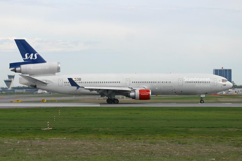Scandinavian Airlines Sas Mcdonnell Douglas Md 11 Combo Aviation Design Modified Airliner Photos Mcdonnell Douglas Md 11 Aviation Sas