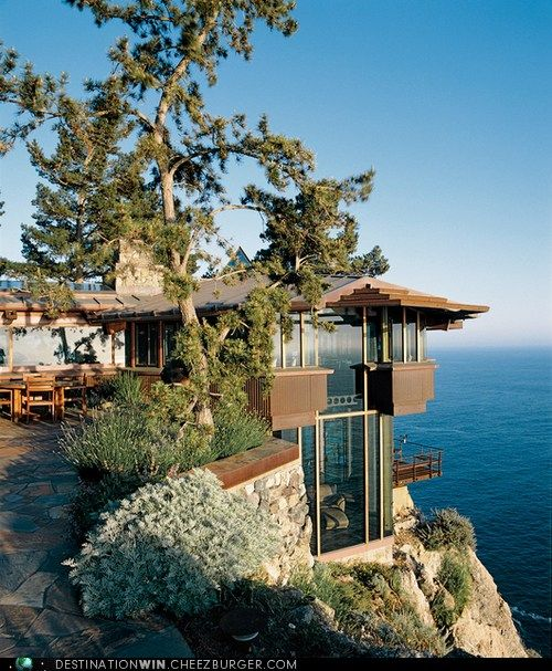 Cliff-Top Ocean Home in Big Sur, Califorina  OK, so when the earthquake hits, it will be the first to go....but what a way to go!