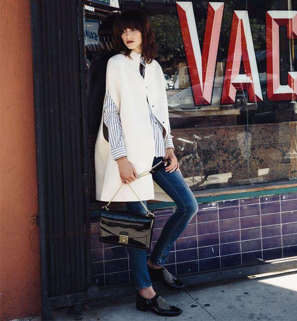 look-jeans-e-casaco-branco