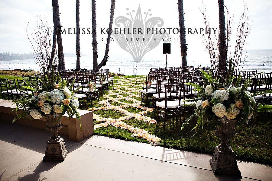 Sedie Matrimonio ~ Ceremony setup with petals scripps runner sedie e
