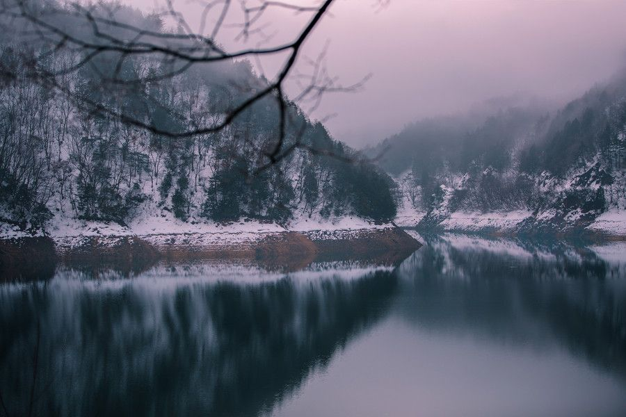 Quiet river and fog of the morning glow by Hidenobu Suzuki on 500px