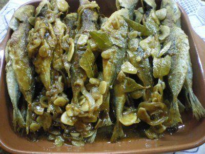 A culinária da Missy: Carapaus com molho de escabeche