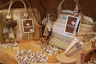 NEW Sumaqkay bags, hand made from Peru...fabulous!