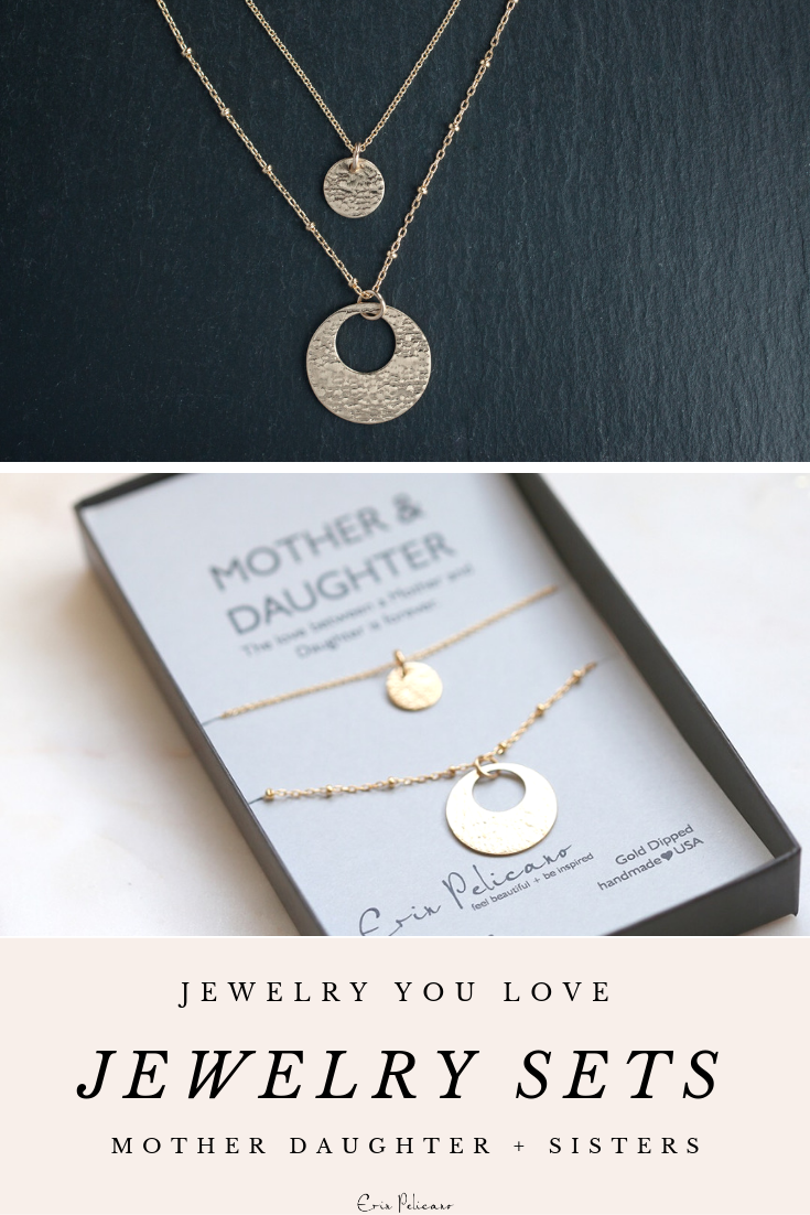 Mom Necklace Personalized Jewelry In 2020 Daughter Necklace Set Mom Gifts Jewelry Mother Daughter Necklace