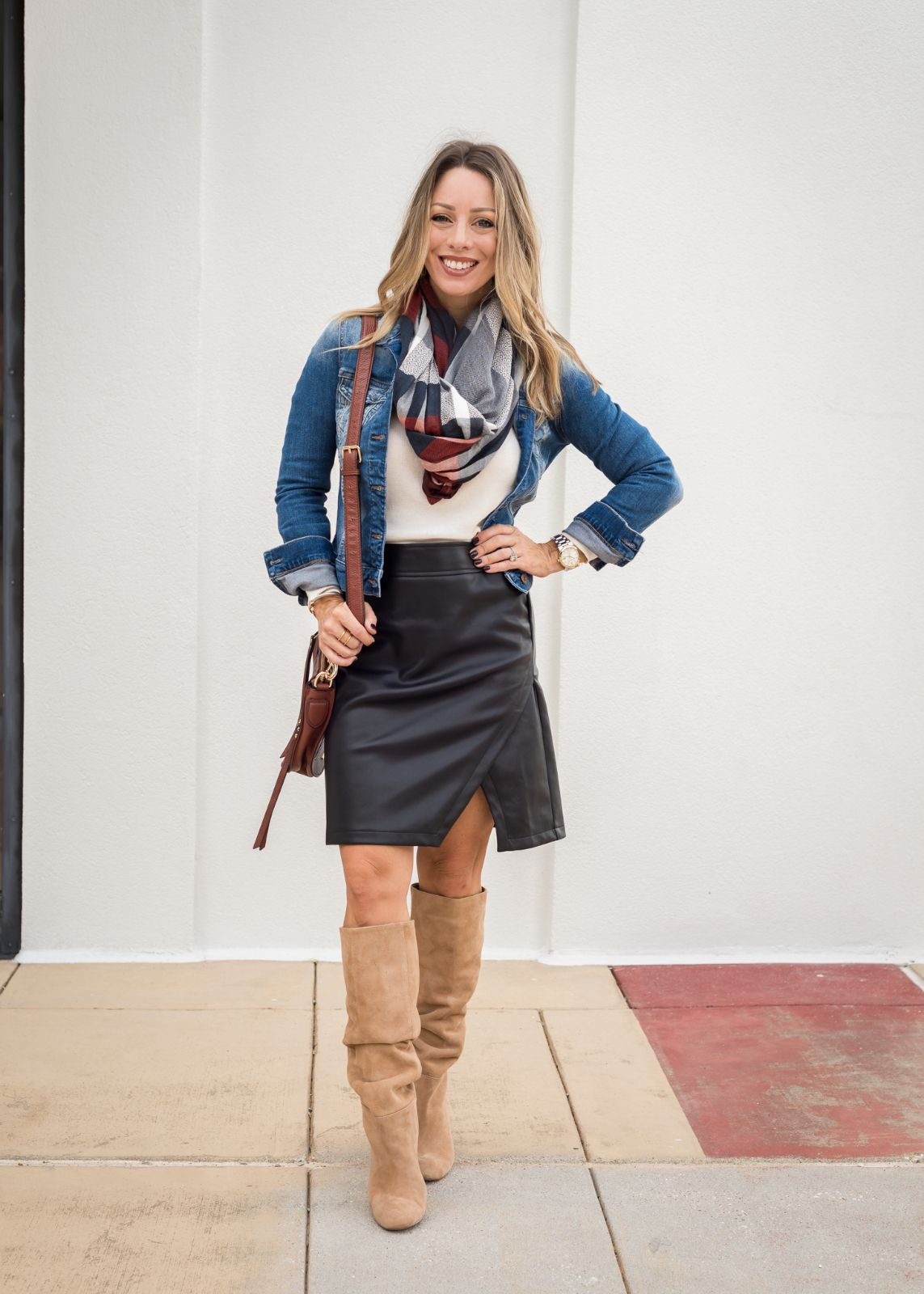 6 Black Leather Skirt Outfit Ideas For Fall Honey We Re Home Leather Skirt Outfit Winter Leather Skirt Outfit Black Leather Skirts [ 1600 x 1143 Pixel ]