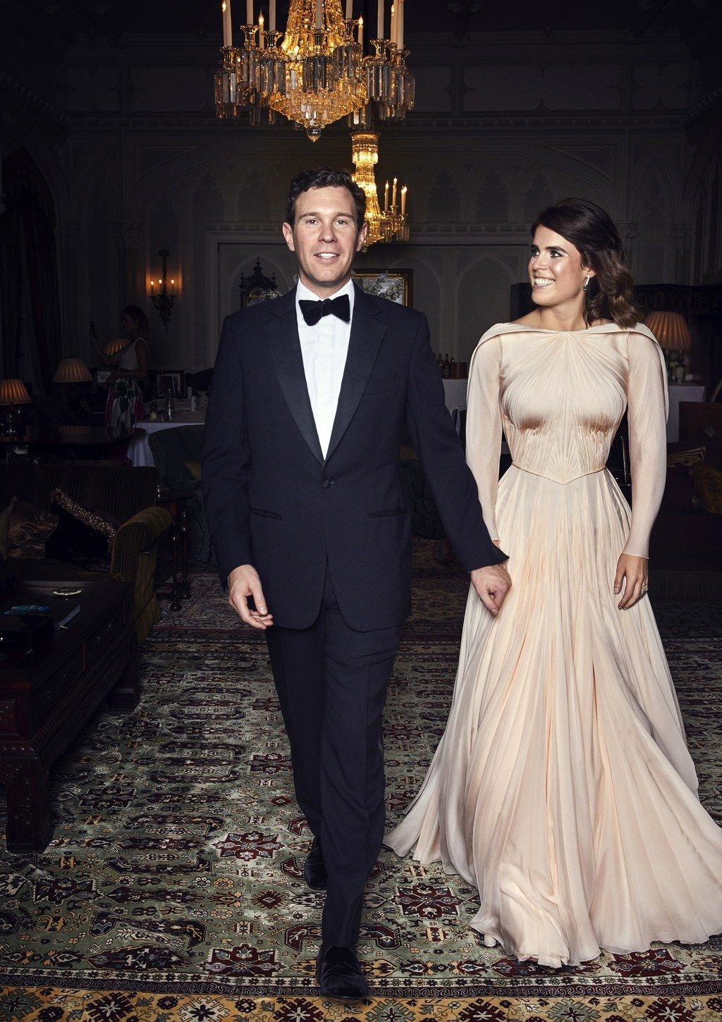 Princess Eugenie Broke Royal Tradition With Her Second Wedding Dress Famous Wedding Dresses Second Wedding Dresses Wedding Dresses [ jpg ]