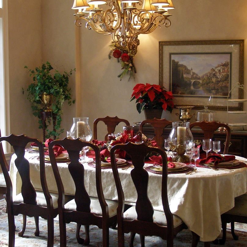 Decoration awesome dining rooms with christmas decor with table setting in classic elegant festive red and gold christmas holiday theme wonderful