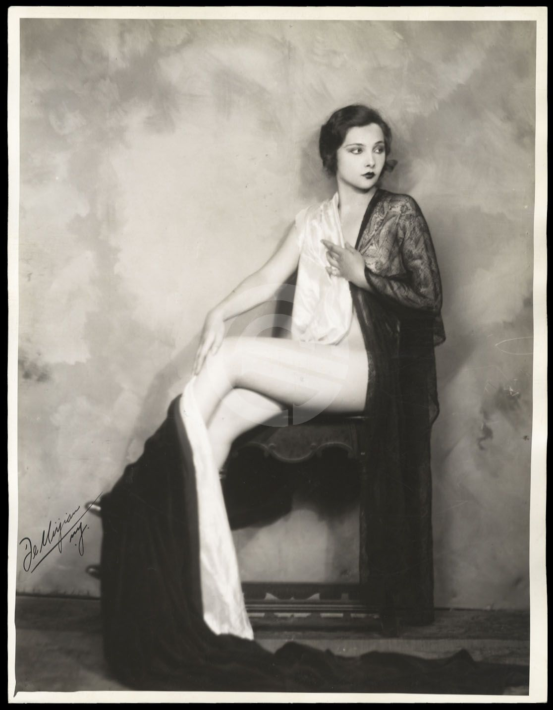 Marion Brash,Marguerite MacIntyre Erotic picture Ronald Leigh-Hunt (1920?005),Lana Del Rey