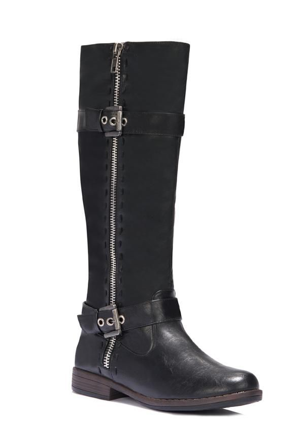 Be comfy in this chilly weather with Roca, the perfect commuting boot.