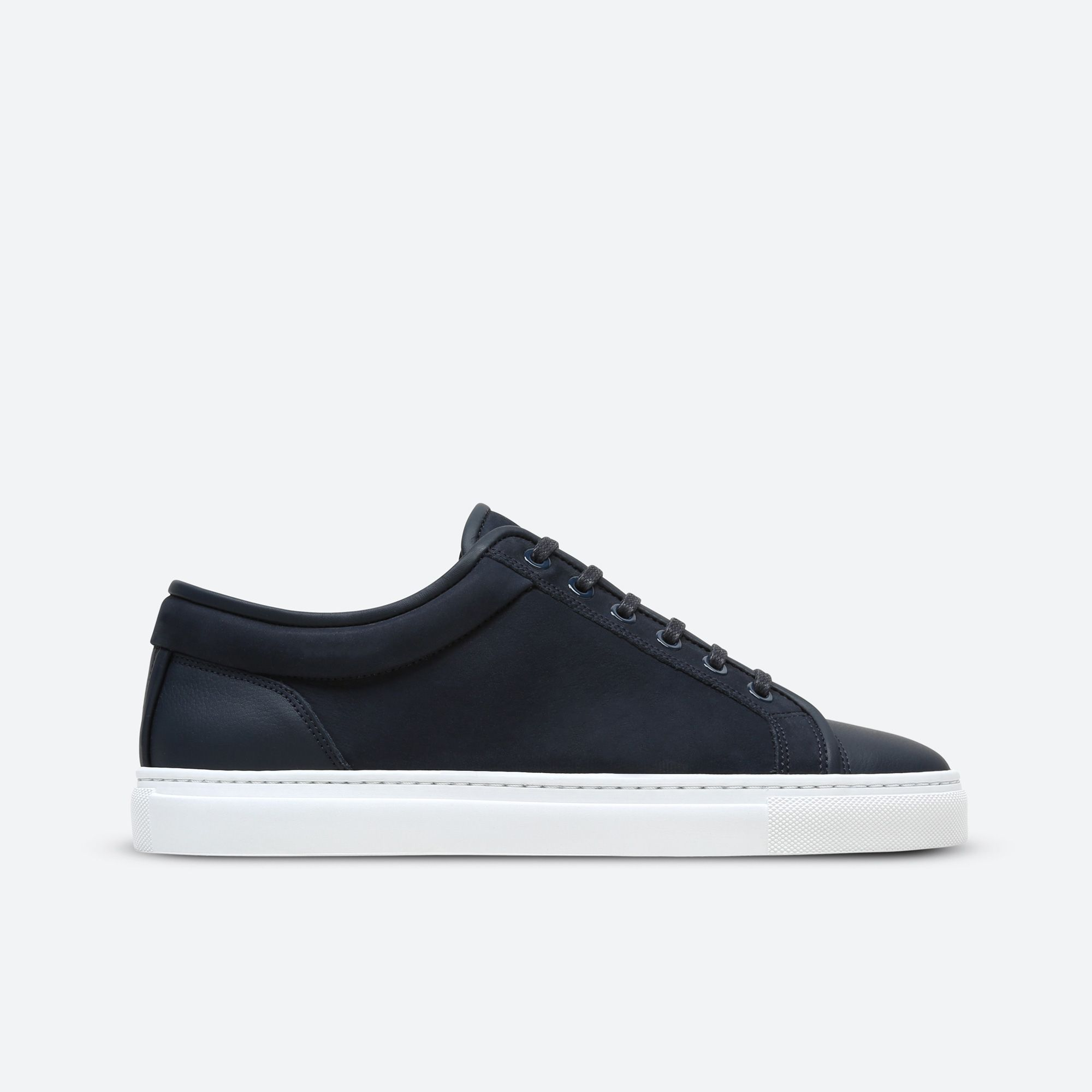 ETQ Amsterdam creates a modern minimalist perspective on footwear.