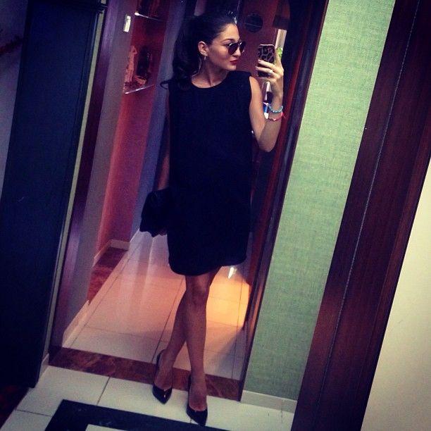 Black dress. Stylish look