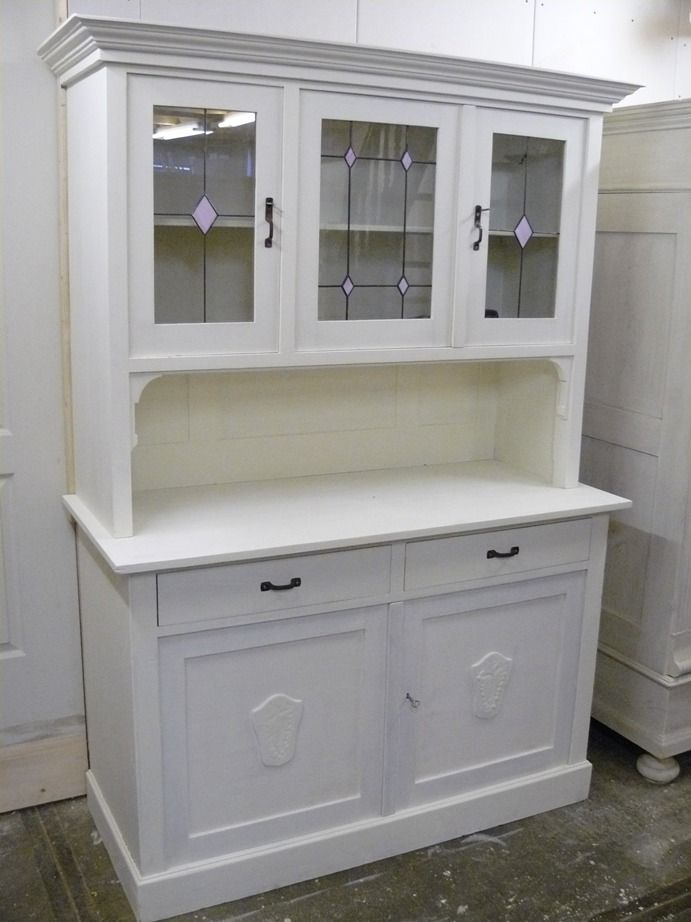 Witte Antieke Buffetkast.Antieke Buffetkast Brocant Interieur Hutch Makeover China