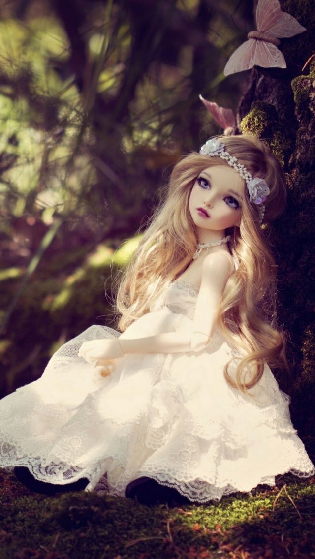 Free 640x1136 Beautiful Princess Doll 640x1136 Wallpaper Dolls