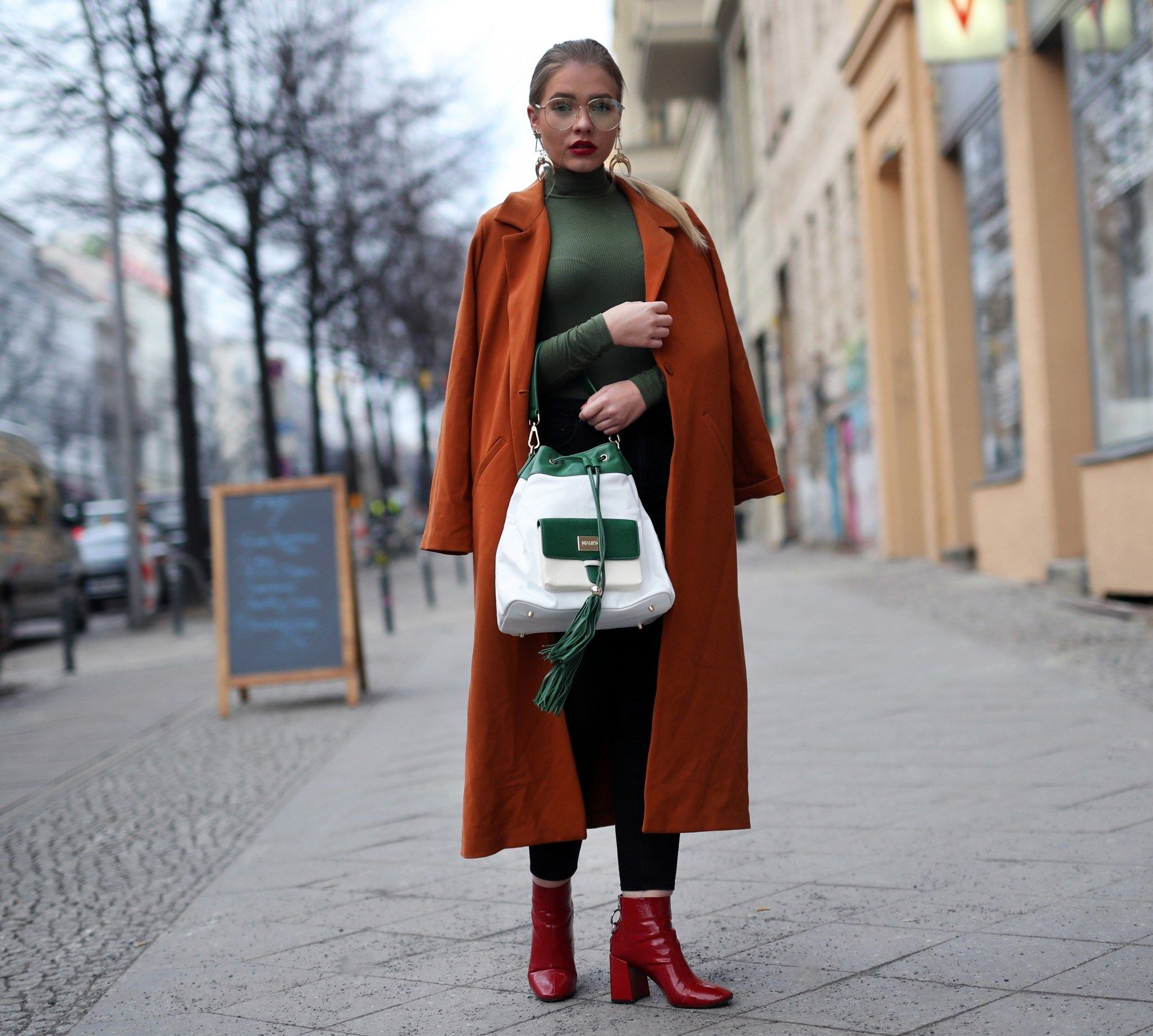 During Fashion Week a/w 2018  #style #streetstyle #fashion #streetfashion #street #fashionweek #berlin #mbfw #mbfwb #moda #mode