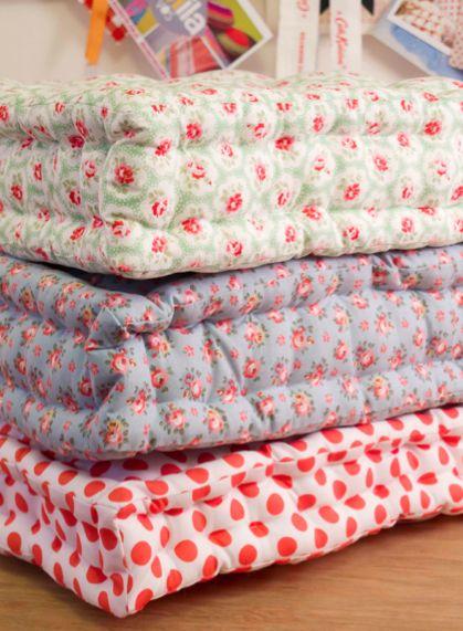 Diy Floor Pillows And Tons Of Other Cute Diy Diy Floorpillow