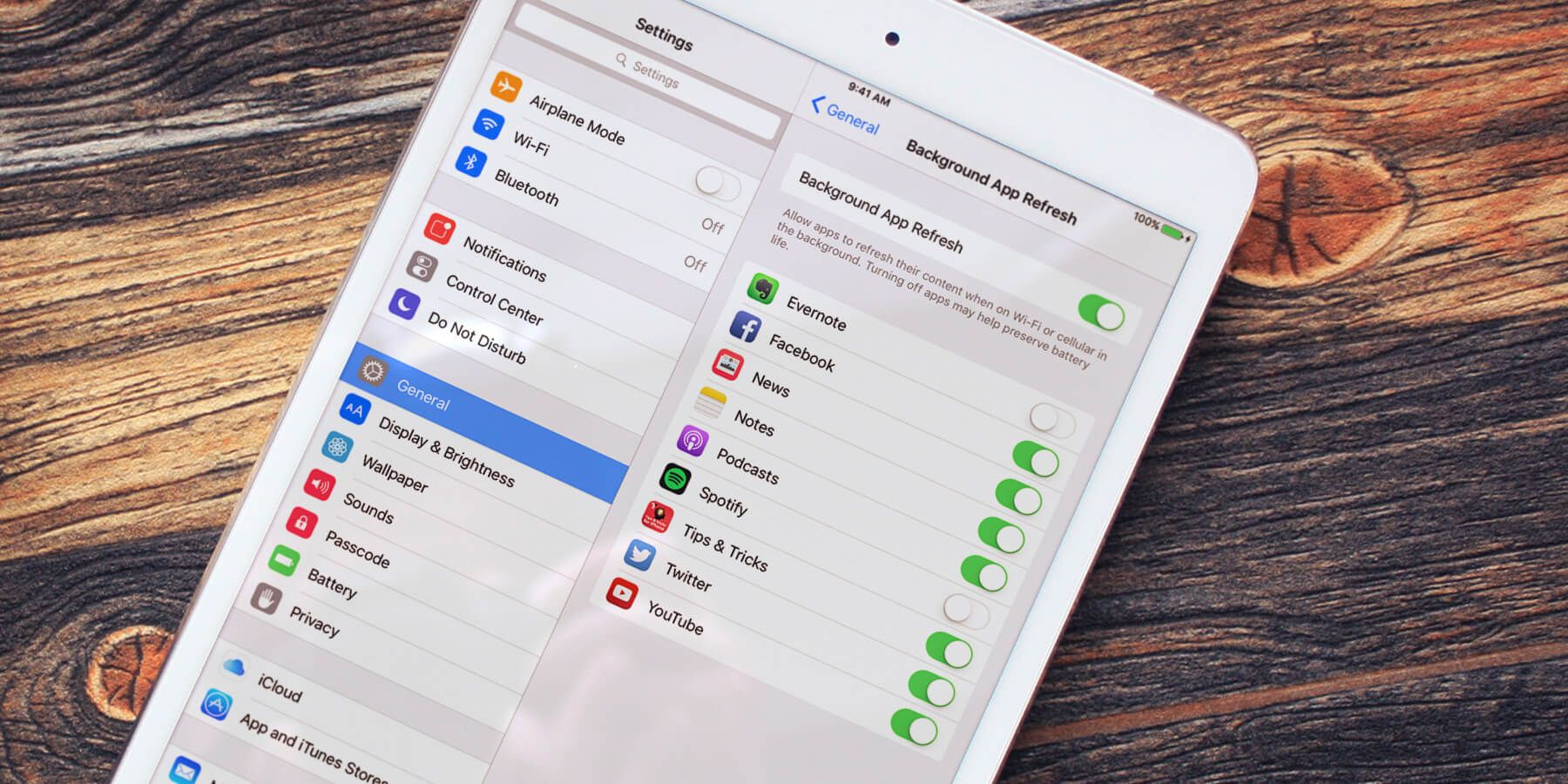 iOS 9 Disabling background app refresh on iPad App