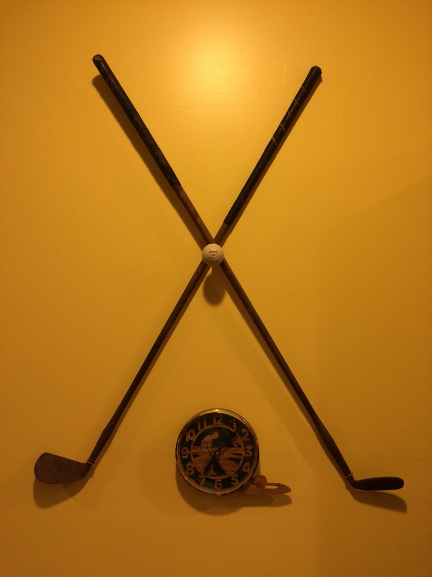 Vintage golf club wall display | Wood Projects | Pinterest | Vintage ...