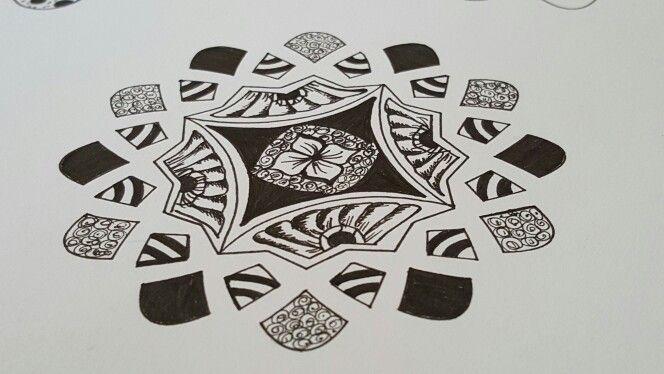 Tangel mandala. Love to do