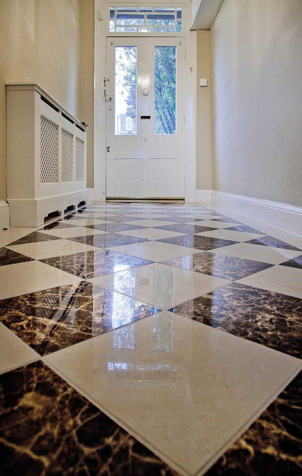 Seven Brilliant And Practical Ideas For Your Entrance Hall Tiles Design For Hall Hallway Flooring Hall Interior Design