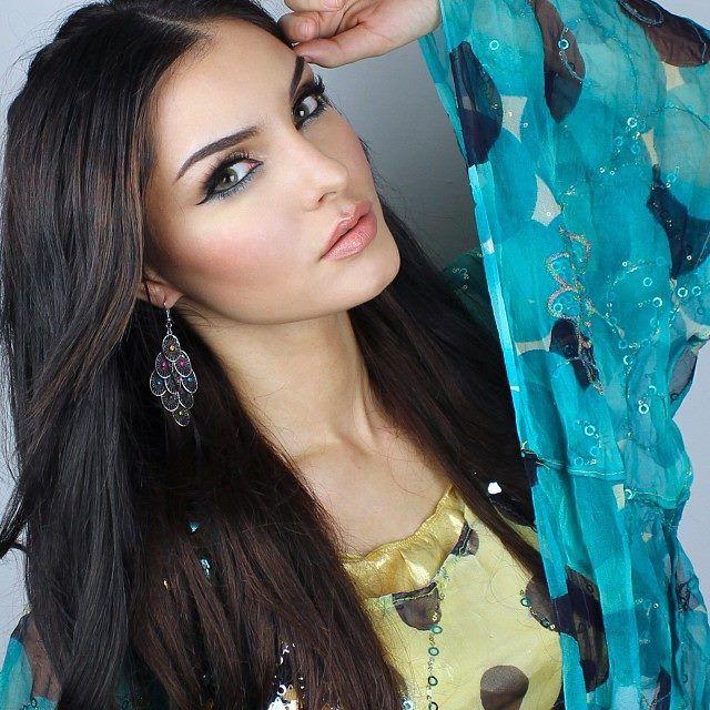Kurdish model - Evon Wahab