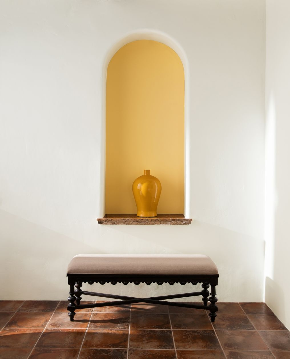 Entryway Color Ideas Inspiration Benjamin Moore White Paint Colors Best White Paint Yellow Painted Walls