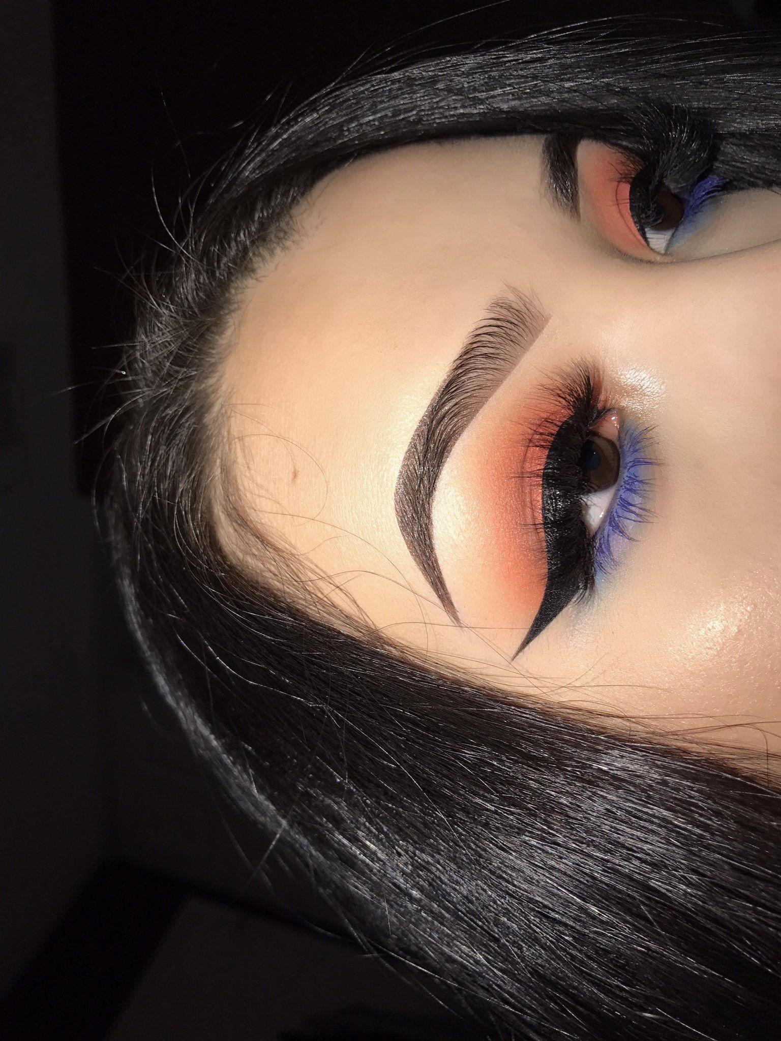 maquillage yeux coloré